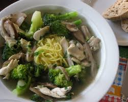 Kip met broccoli, oesterzwammen, gember, bosui